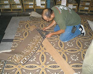 Cutting carpet to hand sew